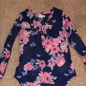 Old Navy floral tunic blouse. Size small.
